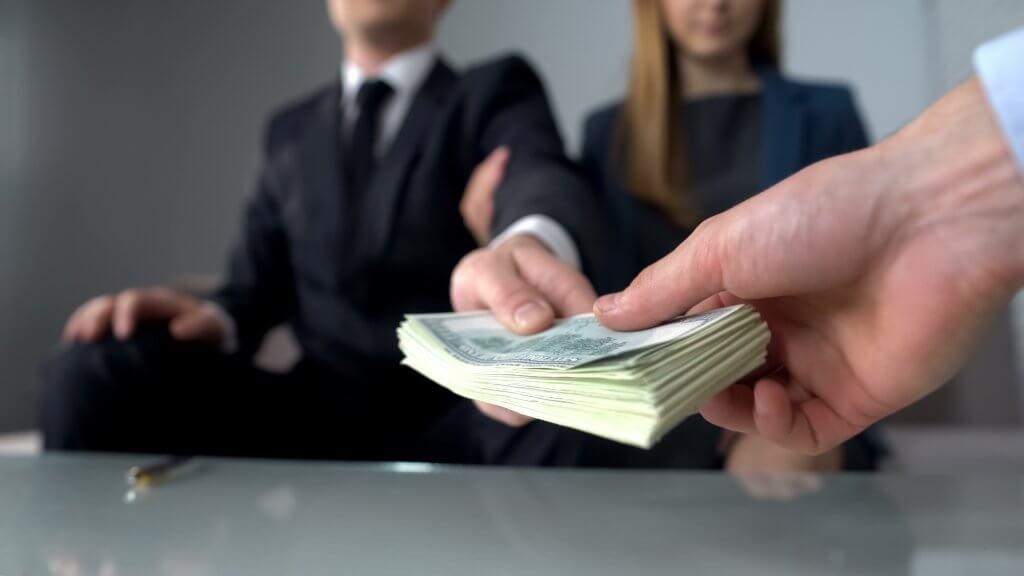 הלוואה מיידית עד 10,000